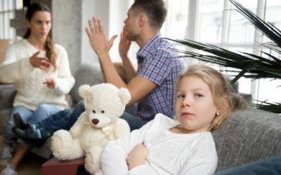 Mães e pais divorciados poderão registrar nomes de solteiros na certidão dos filhos