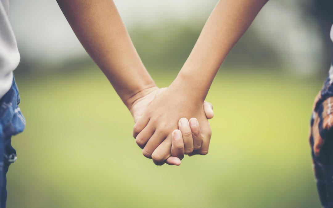 Irmãos podem buscar parentesco com irmã falecida não assumida pelo pai, diz STJ